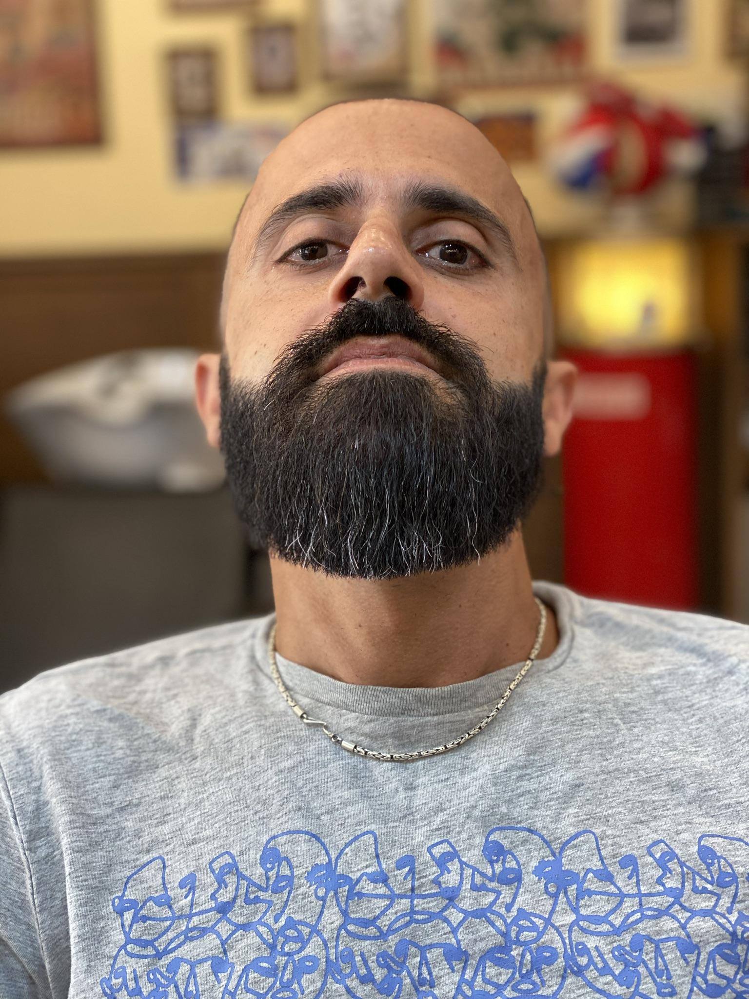 Taglio Barba prima BB The Barber's Shop